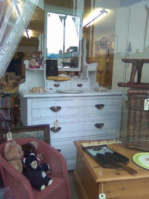 S J Waring & Sons White Distressed Dressing Table previously sold in the shop